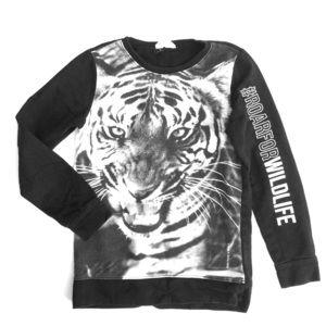 H&M tiger print long sleeve tee shirt